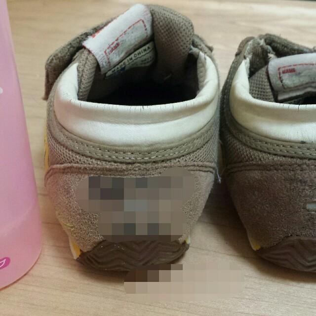スエード生地の靴に書いた名前を消す